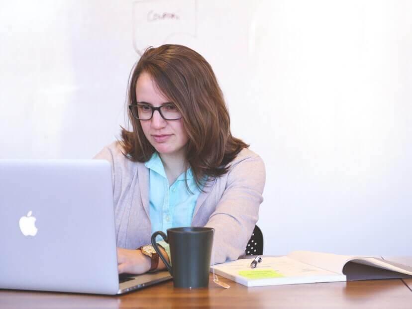 職場での人間関係で困っています。転職の際に気を付けることとは?